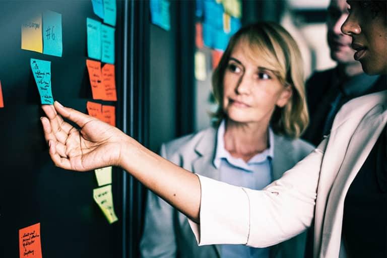 Poznaj rolę i kompetencje managera w firmie